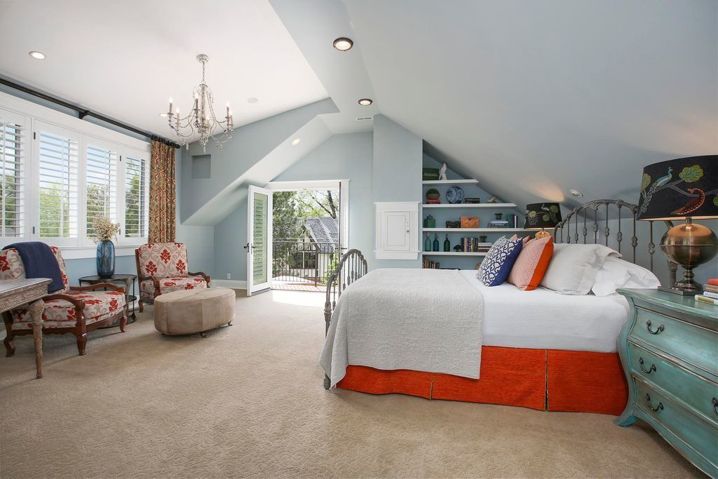 Bedroom with Walk Out Balcony